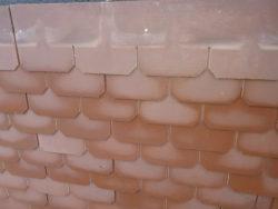 Asbesthaltige Eternitplatten als Fassadeverkleidung